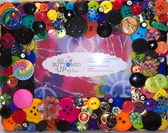 """Peace Symbol Themed Button Picture Frame for 4""""x6"""" Photo."""