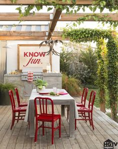 Red metal dining chairs | create a restaurant-worthy outdoor dining room