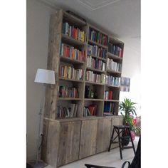 Steigerhouten boekenkast, op maat voor de klant gemaakt. Hier met ...