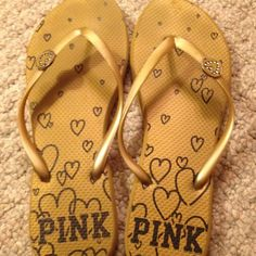 Pink Victoria's Secret  flip flops Size 7-8 gently worn great condition bundle with another item and get 20% off your bundle Shoes Sandals