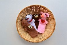 Infant room...Discovery basket ideas...finger puppets...