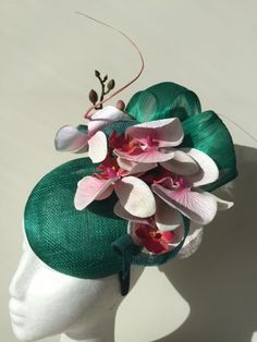 NEW Green fascinator with red/pink orchids. Made to order! by CanteringDesigns on Etsy Wedding Hats, Wedding Stuff, Green Fascinator, Pillbox Hat, Pink Orchids, New Green, Silk Flowers, Hats For Women, Red And Pink