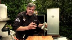 Stop smoking without knowing it Bbq Brisket, Smoked Brisket, Ways To Stop Smoking, Bradley Smoker, Smoke Grill, Cooking Videos, Cooking Tips, Smoking Recipes, Gaps Diet