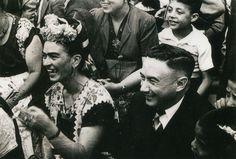 Frida Kahlo  a rare smiling shot
