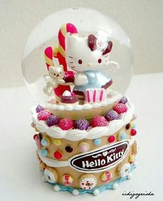 Hello Kitty Sweet Snow Globe - please don't lick the glass Sanrio Hello Kitty, Hello Kitty Items, Hello Kitty Christmas, I Love Snow, Hello Kitty Collection, Here Kitty Kitty, Snow Globes, Water Globes, Illustrations Posters