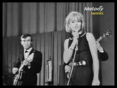 En alguna ocasión os hemos hablado de la gran Sylvie Vartan, en esta ocasión nos recreamos con un éxito musical de la misma cantante del año 1963: Si je chan...