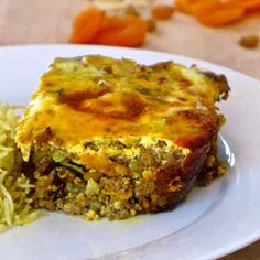 Bobotie - Traditional and Authentic South African Recipe Mince Recipes, Curry Recipes, Cooking Recipes, Savoury Recipes, Beef Recipes, Apricot Recipes, Almond Recipes, South African Recipes, Indian Food Recipes