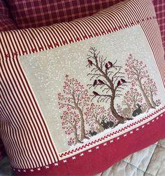 Cross Stitching, Cross Stitch Embroidery, Cross Stitch Patterns, Diy Pillows, Decorative Pillows, Throw Pillows, Homemade Quilts, Cross Stitch Pillow, Creative Textiles