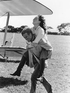 Meryl Streep and Robert Redford having a bit of fun in Out of Africa, 1985.