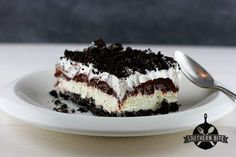 This Oreo Delight is one of my most favorite desserts. I bet it will quickly become a favorite at your house, too.