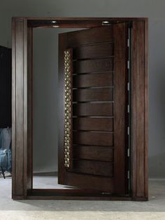 Are you looking for the best wooden doors for your home that suits perfectly? Then come and see our new content Wooden Main Door Design Ideas. House Main Door Design, Wooden Front Door Design, Home Door Design, Bedroom Door Design, Door Design Interior, Front Gate Design, Main Gate Design, Wooden Front Doors, Modern Entrance Door