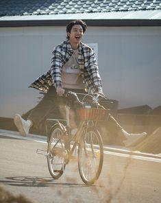 Gong Yoo Smile, Yoo Gong, Park Hae Jin, Park Seo Joon, Korean Celebrities, Korean Actors, Celebs, Lee Dong Wook, Ji Chang Wook