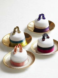 Shoe Cakes - love this for a tea or entertaining friends!