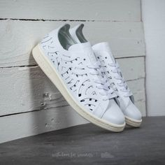 677decb7ef8 adidas Stan Smith Cutout W Footwear White  Footwear White  Core White Pour  le meilleur