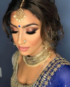 Here Are Some Indian Bridal Makeup Images To Give You Some Much-Needed Makeup Inspiration - Jaten Make-up Bridal Hairstyle Indian Wedding, Indian Wedding Makeup, Wedding Makeup For Brown Eyes, Indian Bridal Hairstyles, Indian Party Makeup, Wedding Reception Makeup, Asian Bridal Hair, Saree Hairstyles, Wedding Hairstyles