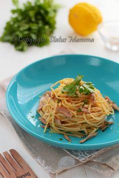 spaghetti primo piatto ricetta cucinare con tonno limone prezzemolo facile veloce Statusmamma gialloblogs foto tutorial estate pesce