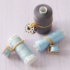 TOP TIP: Store bobbins together with their matching thread using an elastic band.