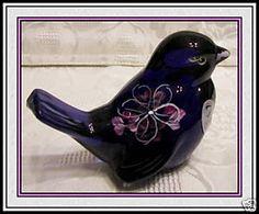 """Fenton Glass 4"""" Bird     I love the birds...they are so pretty in person"""