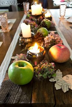Wood plank table runner @ Far Above Rubies: Chestnut wood, apples and old silver Hey Sister thought this old wood on the table looks cool Fall Table, Thanksgiving Table, Plank Table, Wood Table, Seasonal Decor, Holiday Decor, Holiday Ideas, Autumn Inspiration, Autumn Ideas