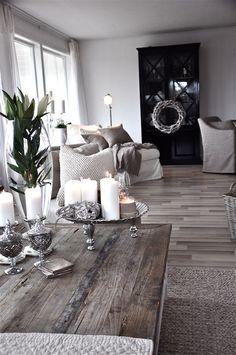 Stunning 43 Shabby Chic Living Room Decoration https://toparchitecture.net/2018/02/24/43-shabby-chic-living-room-decoration/