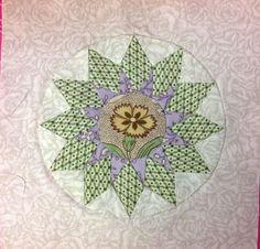Stonefields quilt van Susan Smith gemaakt door Leona gevonden op http://www.precioustime.typepad.com/Leona sunburst