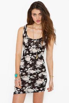 @Morgan Szabo found a dress kinda like that one you pinned.