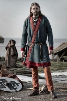 Hedeby coat found on https://m.facebook.com/home.php?hrc=1&refsrc=http%3A%2F%2Fh.facebook.com%2Fhr%2Fr&_rdr