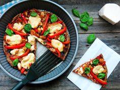 Antipastaa: Viljaton pannupizza (viljaton, maidoton, gluteeniton, sokeriton, vhh, paleo)