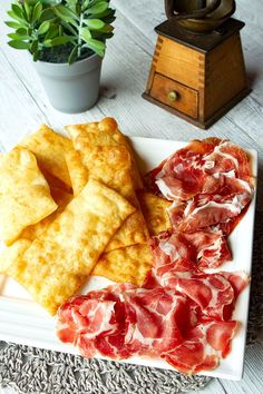 Gnocco Fritto – Italian Food Forever Appetizers For A Crowd, Italian Appetizers, Italian Pasta Recipes Authentic, Italian Recipes, Thing 1, Latin Food, Dry Yeast, Serving Size, Gnocchi