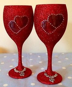 Glitter Glass, Wine Double Heart Detail. All Occasions, Any Colour.