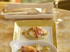 Tortellini mit Hummer ist ein Rezept mit frischen Zutaten aus der Kategorie Hummer. Probieren Sie dieses und weitere Rezepte von EAT SMARTER!