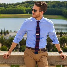 Keeping it smart for summer. #menswear #mensfashion #menstyle #summer #mensfashionmagazine #mfm