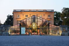 Tents and Glass Wedding Marquees, Orangeries rental for Events :: PBI Event Architecture
