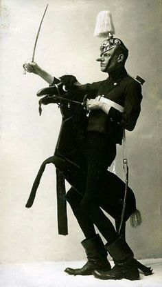 surreal circus performer cabaret photo Karl Valentin, 1910