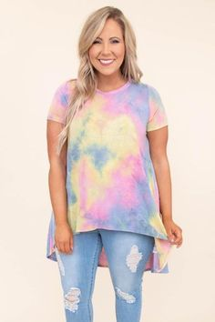 Shop the newest trends and styles at Chic Soul to discover the cutest women's plus size clothing online. Keep on trend with our new line of plus size dresses and tops today! Plus Size Clothing Online, Online Clothing Boutiques, Curvy Girl Fashion, Plus Size Fashion, Tie Dye Party, Got The Look, Cotton Tunics, S Shirt, Spring Outfits