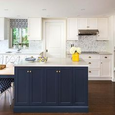 Navy Blue Kitchen Island - Design photos, ideas and inspiration. Amazing gallery of interior design and decorating ideas of Navy Blue Kitchen Island in laundry/mudrooms, kitchens by elite interior designers. Navy Kitchen Cabinets, Blue Kitchen Island, Blue Cabinets, Kitchen Reno, Kitchen Remodel, Kitchen Ideas, Marble Herringbone Tile, Kitchen Interior, Marble Counters