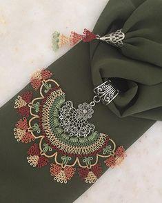 🍃🍂🍃🍂 Sipariş ve fiyat bilgisi için 👉🏻 dm lütfen. (Modellerimiz istenilen renklere uyarlanabilir.) ~•~•~•~•~•~•~•~•~•~•~ #yeniyılhediyesi… Scarf Necklace, Scarf Jewelry, Crochet Necklace, Bead Embroidery Jewelry, Beaded Embroidery, Embroidery Stitches, Indian Embroidery Designs, Best T Shirt Designs, Homemade Jewelry
