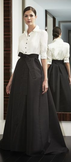 Carolina Herrera, The Night Collection. So perfect for concerts. Mode Outfits, Skirt Outfits, Dress Skirt, Dress Up, Modest Fashion, High Fashion, Fashion Dresses, London Fashion, Vestidos Marisa