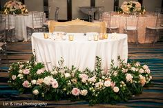 Head Table Decor, Head Tables, Decoration Table, Sweetheart Table, Cake Table, Romantic Weddings, Wedding Reception, Vintage Dresses, Centerpieces