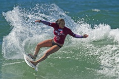 http://www.yuusurf.com  Surfing: Hunter Ports Womens Classic 2012 | Carissa Moore sets the standard