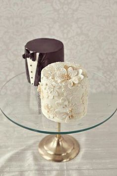 Super!! One white, One chocolate for each reception table?