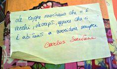Le rughe mostrano che si è vecchi, decrepiti,  oppure che si è abituati a sorridere sempre Carlos Santana