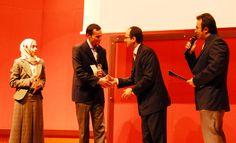Prof. Dr. İbrahim Hatiboğlu'nun Elinden 2009 Yüksek Lisans Ödülleri: Rahile Yılmaz ve Hamdi Çilingir    http://www.sonpeygamber.info/  http://www.lastprophet.info/  http://www.derletzteprophet.info/  http://www.posledniyprorok.info/  http://www.sonpeygambercocuk.info/  http://www.seerahforkids.info/  Fotoğrafı EtiketleKonumumu EkleDü