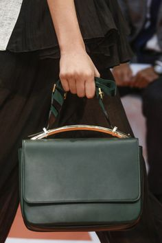 Marni Spring/Summer 2014 Ready-To-Wear CLOSE UP