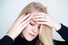 Asymmetrical-nails-by-Linn-Wiberg http://radarmagazine.se/linnwiberg/grey-white-nails/