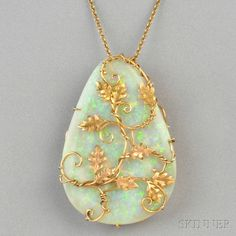 18kt Gold and Opal Pendant/Brooch