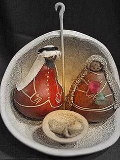 """""""El Pesebre"""" Nativity In Gourd"""