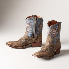 Dan Post Western Lily blue cowboy boots I'm actually looking to purchase these if anyone is interested in selling. I only want the blue, size Dan Post Shoes Ankle Boots & Booties Blue Cowboy Boots, Cowboy Boots Women, Western Boots, Blue Boots, Buy Shoes, Me Too Shoes, Bootie Boots, Ankle Boots, Women's Boots