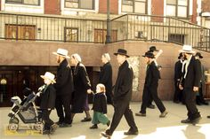 New York City Jewish Hassidic Walking Tours of Brooklyn Crown Heights, New York City Travel, Cultural Experience, Walking Tour, Tour Guide, Brooklyn, Nyc, Tours, Culture