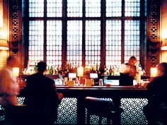 <p>Photo: Grand Central bar</p>